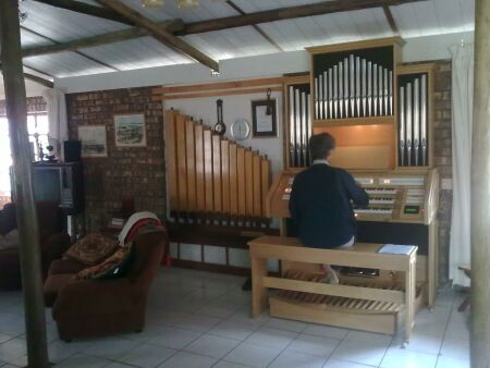 Mr. De Fouw D5800 Second Organ Content organ with 201 voices and pipefacade with real organ pipes.