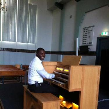 ORGANIST MR.JULIUSNGLASS - CONTENT CANTATA - NIGERIA CHURCH