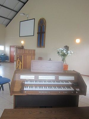 NH CHURCH CAPETOWN CONTENT D4330 ORGAN